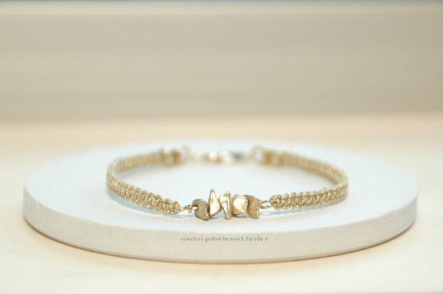 nameless golden bracelet