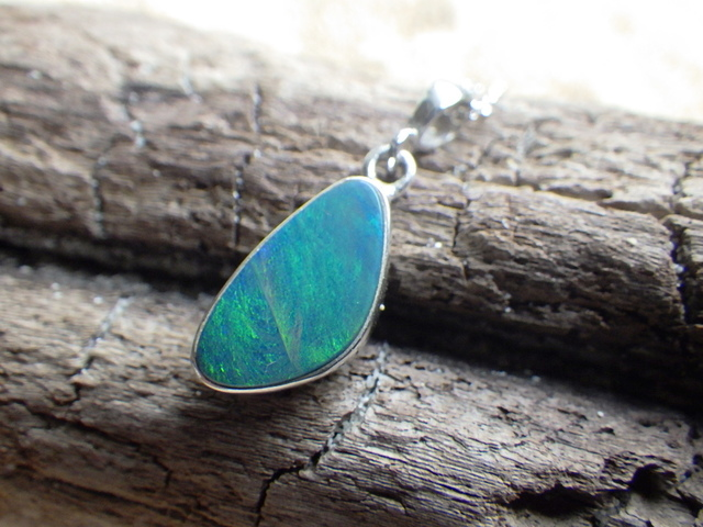 Australian Ocean Opal Necklace *Sv925*