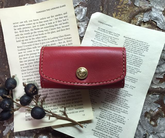 vintagebutton keycase