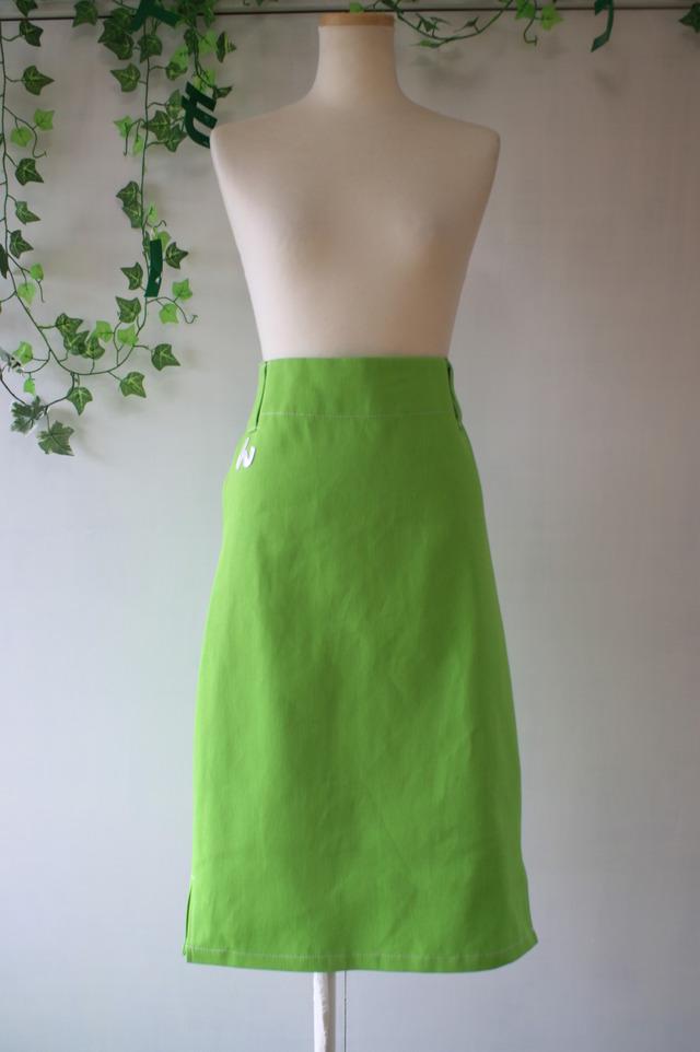 ヌノモリコトノハ 後ろゴムのストレートスカート デニム黄緑