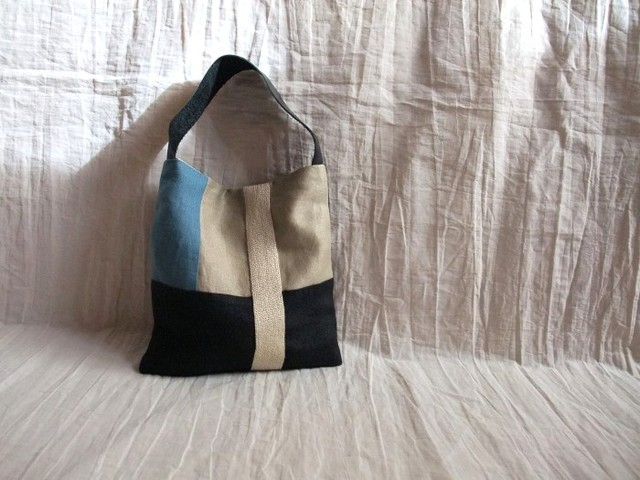itoiro mini bag (blue black)