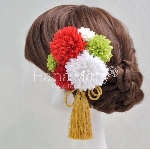 ピンポンマムの髪飾り