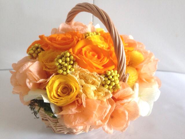 豪華なフレンチバスケットアレンジ Flavie(フラヴィ)オレンジ ...