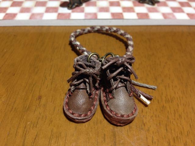 ハンドメイド◎ミニチュア 編み上げ ショートブーツ 四つ編み ストラップ  ヌメ革 レザー ダークブラウン 15