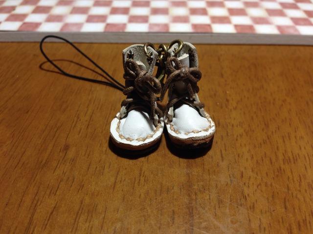 ハンドメイド◎ミニチュア 編み上げブーツ ストラップ 革 レザー ホワイト 16