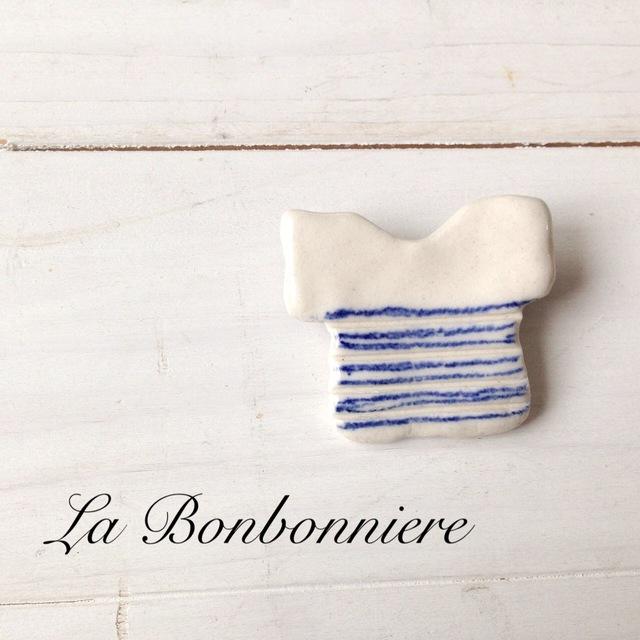 ボーダーTブローチ 青色 2