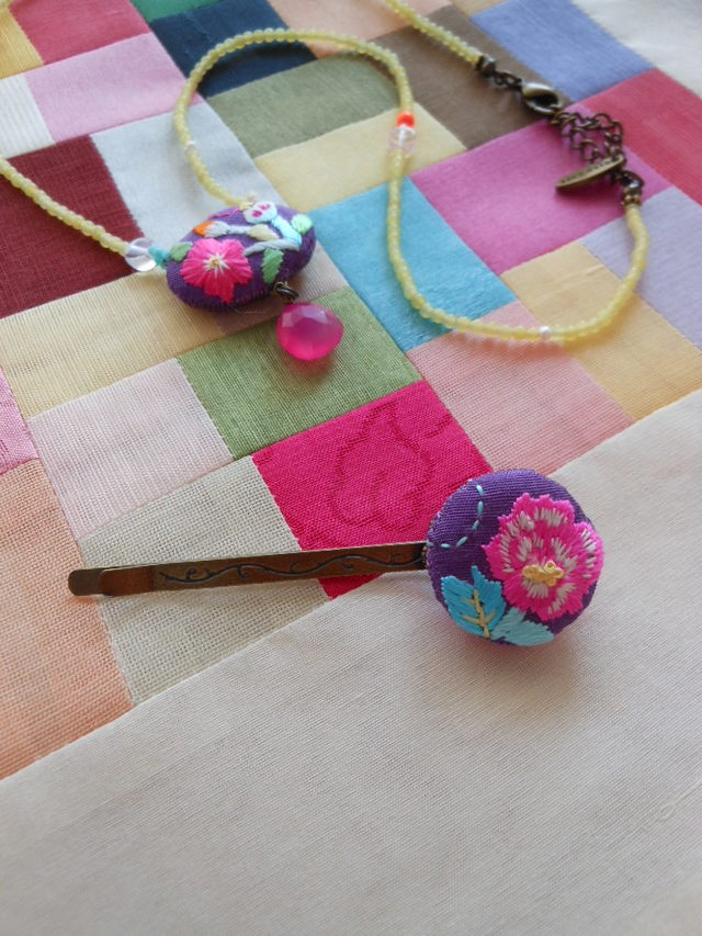 刺繍ヘアピン