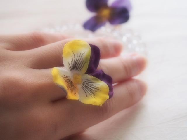 パンジーのリング(黄色)