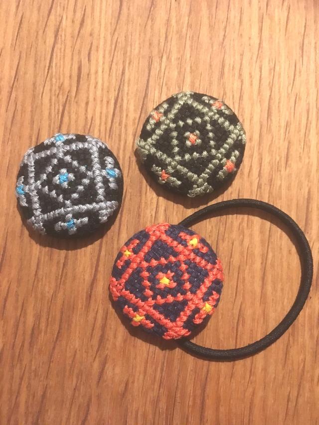 刺繍ヘアゴム3色