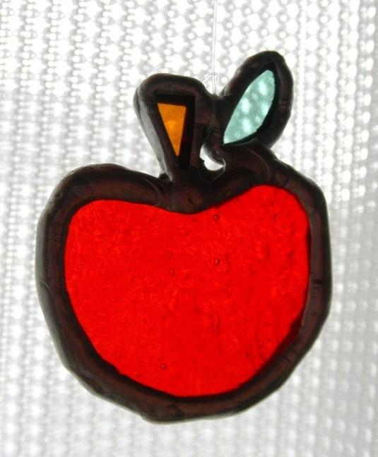 ステンドグラス りんご型 サンキャッチャー
