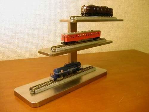 三階建て3両電車模型ディスプレイスタンド  ak-design