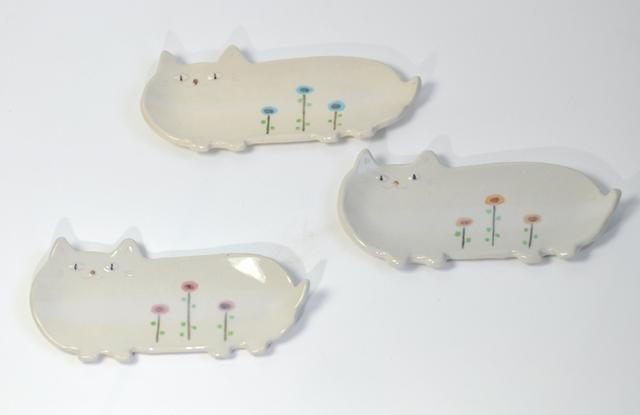 しろ猫の長皿 ~FLOWER~(小)
