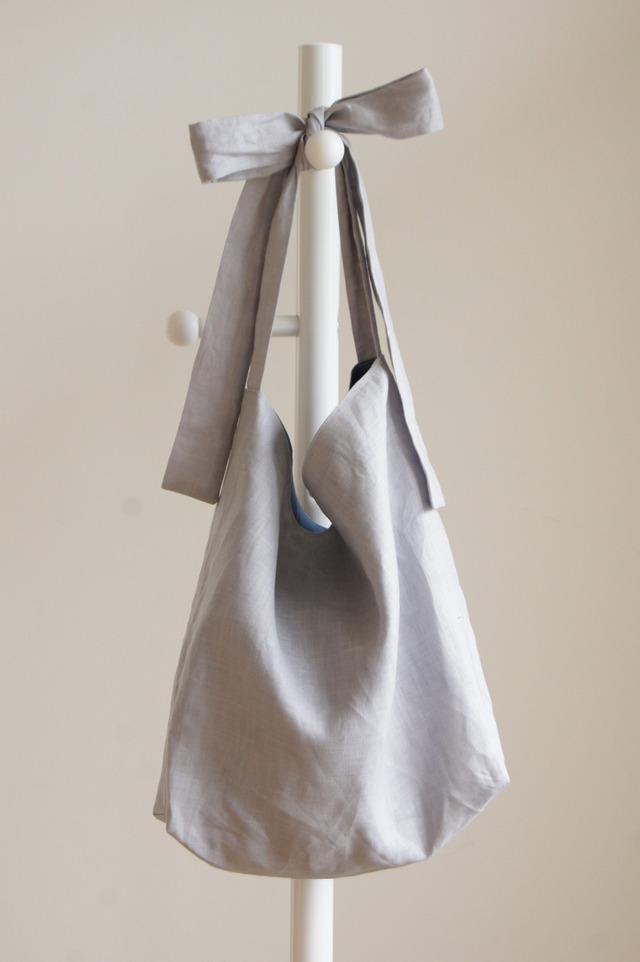 ラミーリボンのバッグ(ライトグレー)