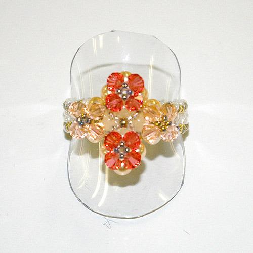 【スワロフスキー】オレンジの花のリング