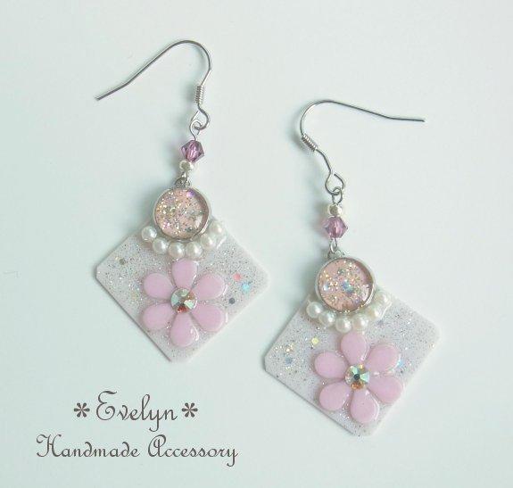 レジンとお花のフックピアス:Square:ピンク