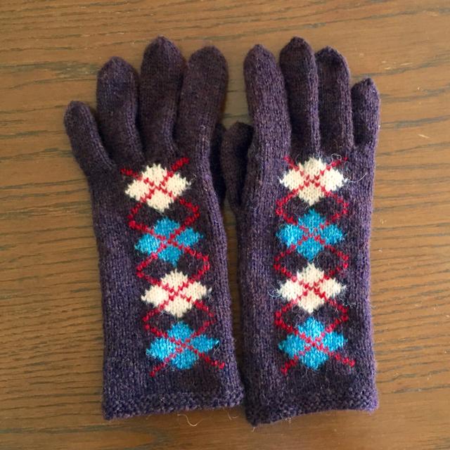 シェトランドウールのアーガイル手袋