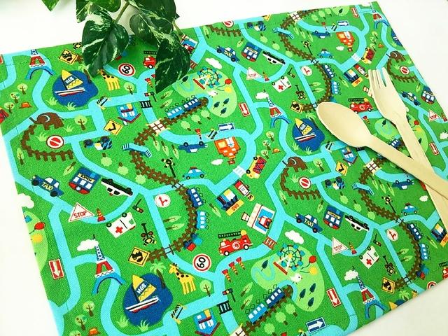 ランチョンマット*25×35*緑タウンマップ柄