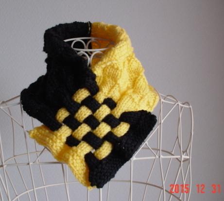 ☆彡ダミエ風市松模様編み&braid編みのCowl(black&yellow)