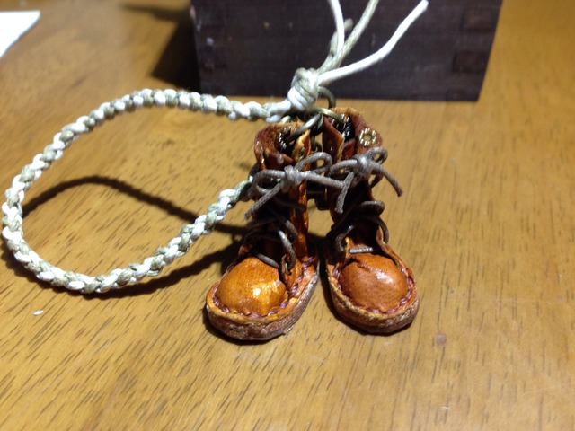 ハンドメイド◎ミニチュア 編み上げブーツ 四つ編み ストラップ 革 レザー キャメル 7