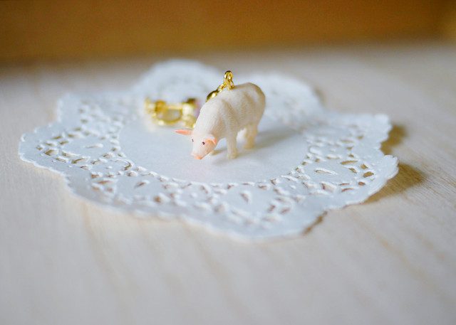 (Sold out)animal片耳イヤリング【Pig】