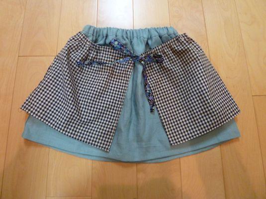 エプロンつきスカート size120