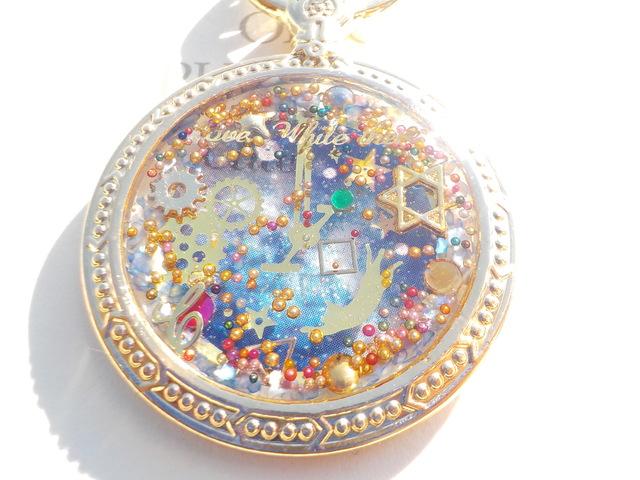 青 透明な時計と猫 キーホルダー