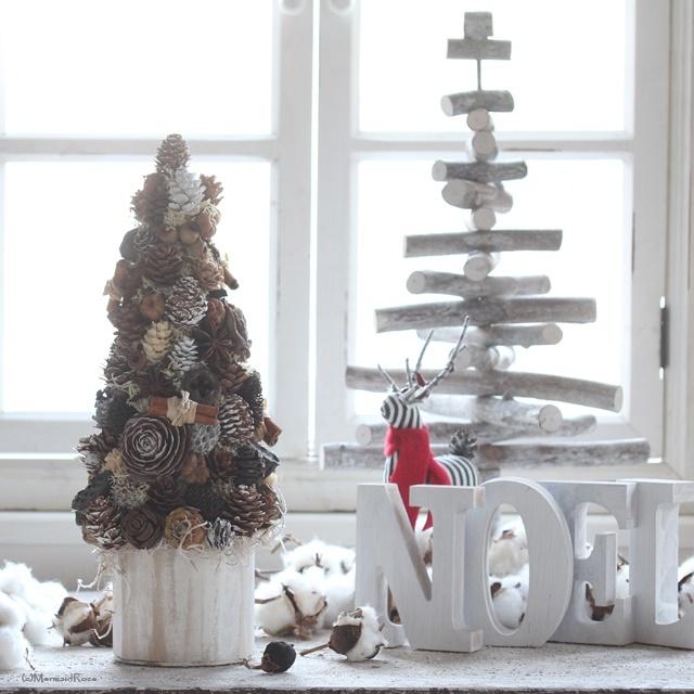 木の実たっぷりクリスマスツリー*北欧風ウッドプランターホワイトウォッシュ