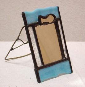 ステンドグラス 涼やかな 魚の手鏡 ケース付