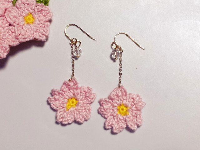 桜のピアス