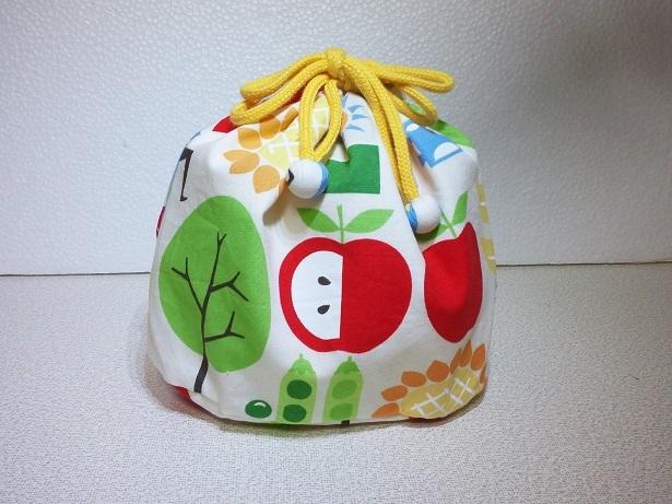 カラフルプリントのお弁当袋 (裏付き)
