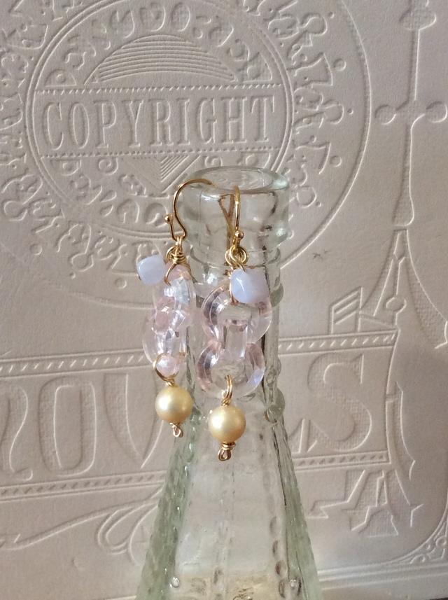 Pearl & quartz earrings