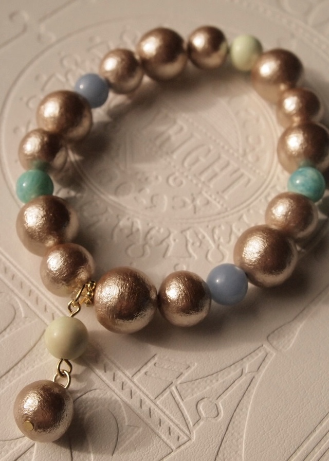 Cotton pearl & quartz bracelet