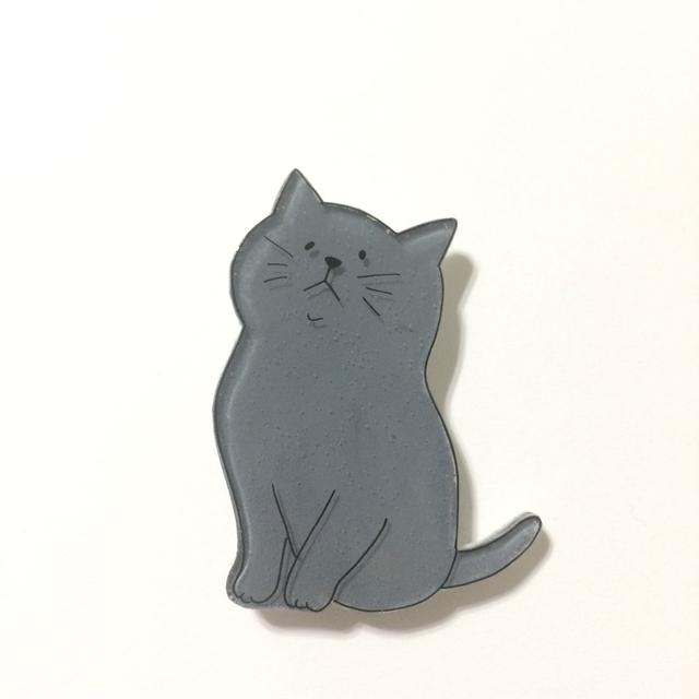 ねこブローチ/濃いめの灰色さん【プラバ...