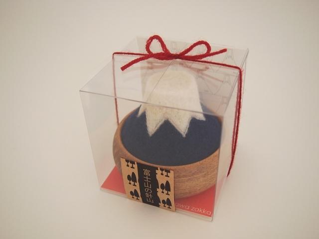 『 富士山の針山 〈羊毛〉』