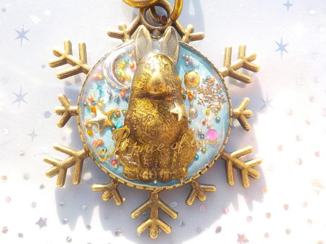 雪の結晶のうさぎ キーホルダー