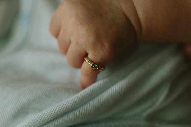 誕生石のBaby ring 10月