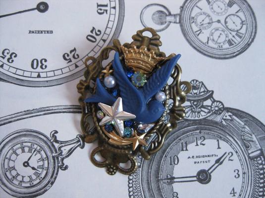 青い鳥のブローチ・ロイヤルブルー・星