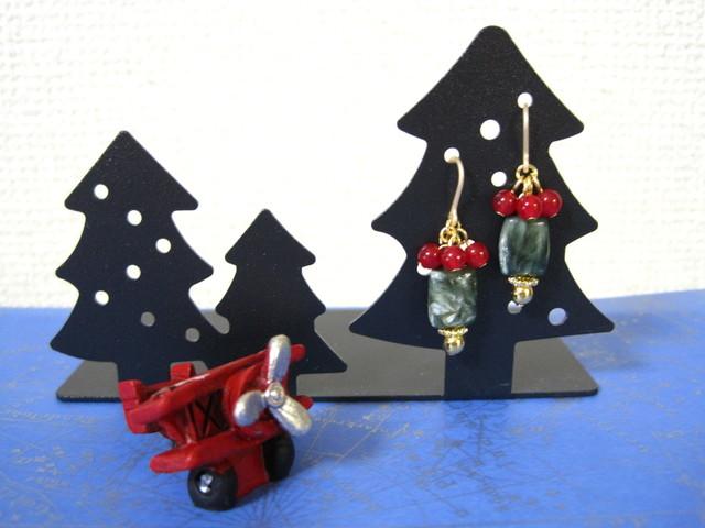 セラフィナイトのクリスマスピアス (イヤリング変更可)
