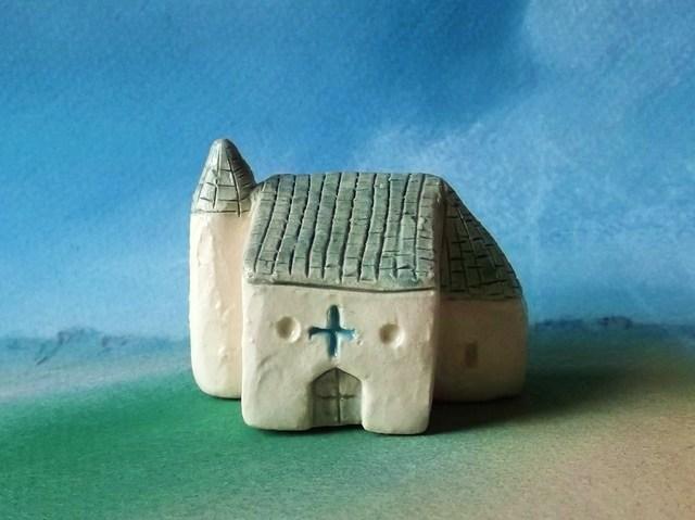 塔のある南の国の教会