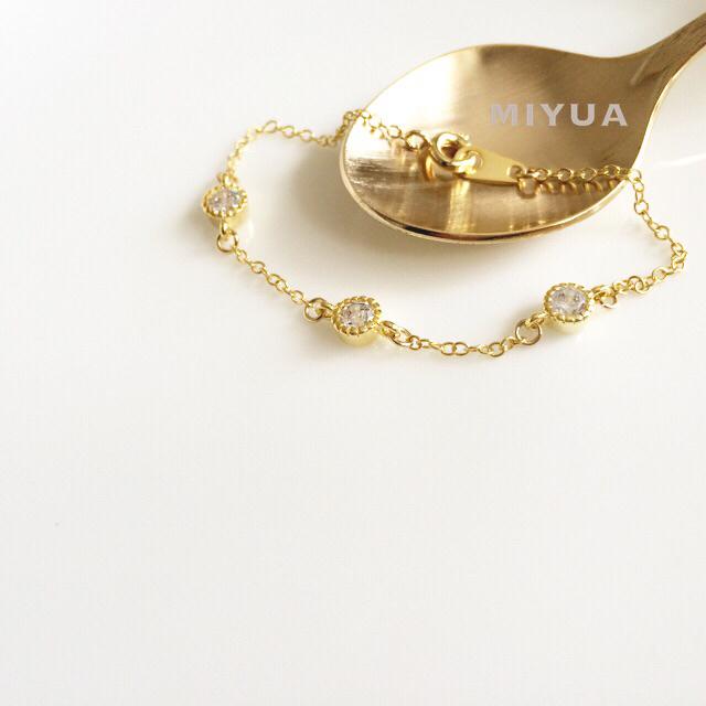 [14kgf] 3粒キラリのブレスレット ゴールド