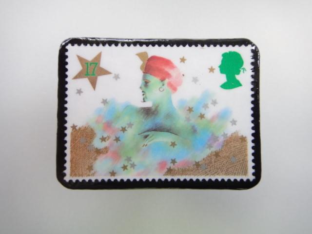 イギリス クリスマス切手ブローチ1886