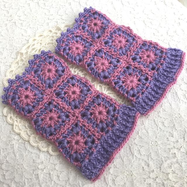 モチーフ編みのハンドウォーマー