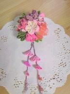 ピンクの花束の2WAYブローチ