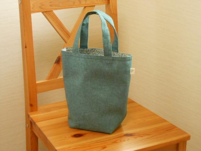 さわやか綿麻ブルーグリーンの小花柄トートバッグ(小)?
