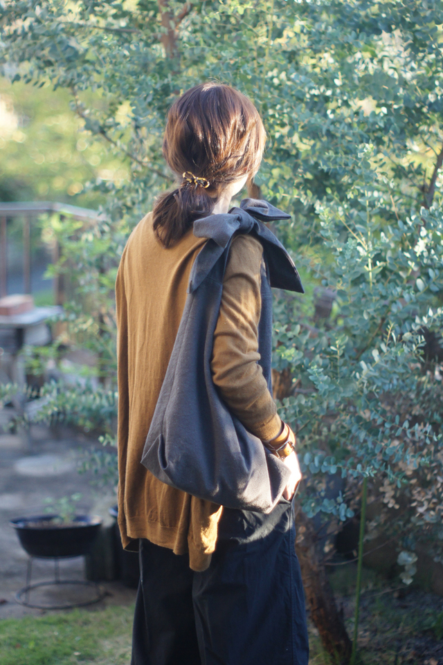 【再販】綿麻リボンのバッグ(チャコール)