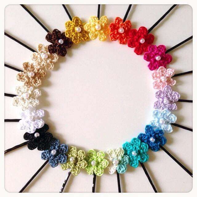 【新色追加】選べる3色!手編みお花のヘアピン