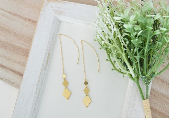 rhombus pierced earrings