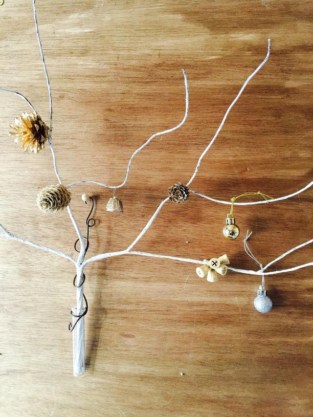 花瓶付き壁掛けクリスマスツリー