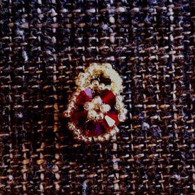 赤い小花のペンダントトップ