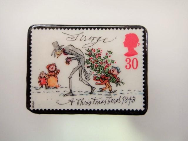 イギリス クリスマス切手ブローチ1981